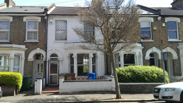 Ivanhoe Road, London, SE5 8DH