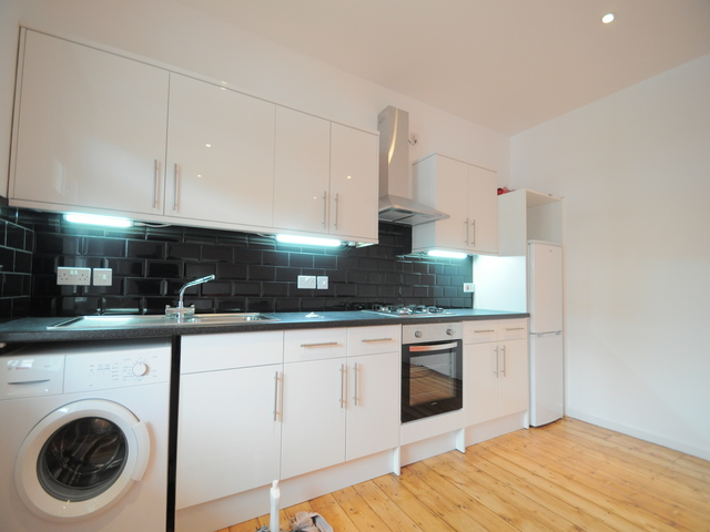 Additional Photo of Copleston Road, London, SE15 4AG